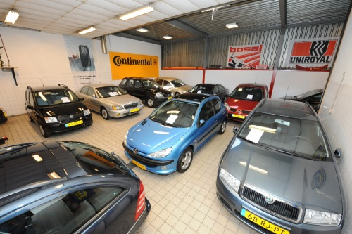 Powered by Autodealers.nl